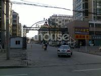 门市房 松霞路与北三路十字路口 临街商铺