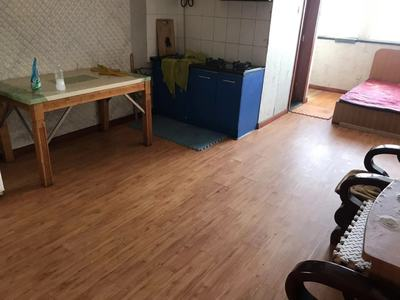 自家学区房 急售金苹果公寓有阳台 是70年产权房有不动产登记证