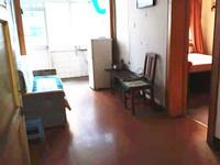 南洪街二室一厅出租1200