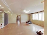 辛庄街05年封闭小区1梯2户打头房通透3室好楼层单价1.7万