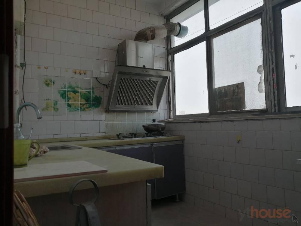 出租河滨小区3室2厅1卫90平米500元/月住宅