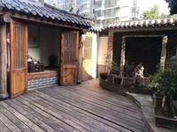 黄海城市花园 精装修1楼带院 院子照片如下图