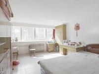 辛庄街3楼98年马赛克不临街1梯2户通透2室采光好装修干净