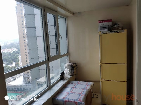 南大街银都财富中心1室1厅精装电梯好房急租