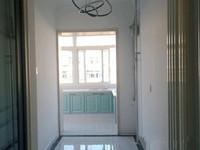 白石路 南北通透 三楼 两室加榻榻米 精装修