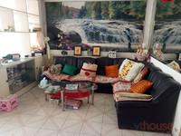 华茂小区三室一厅95平南北通透出售。
