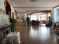 出售塔山东路 嘉诚花园5室3厅2卫212.34平米278万住宅