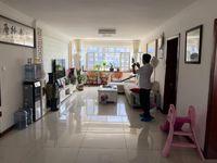 黄海小区 精装三室 拎包入住 带棚 无税 看房方便