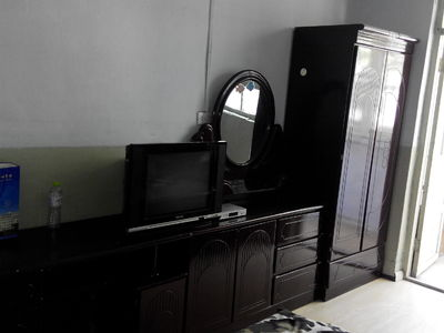 白石村大世界两室一厅对外出租