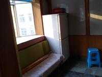 日报社附近2室1厅3楼整租800
